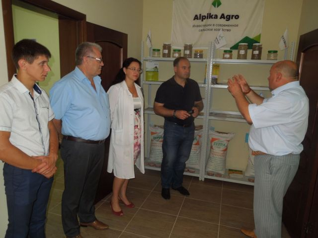 На Ставрополье презентовали инновационную агрохимическую лабораторию