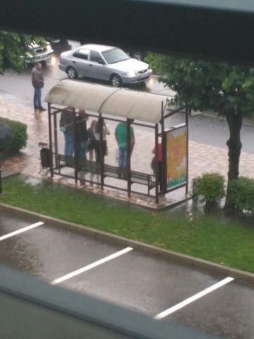 Из-за сильных дождей коммунальщики Ставрополя перешли на усиленный режим работы