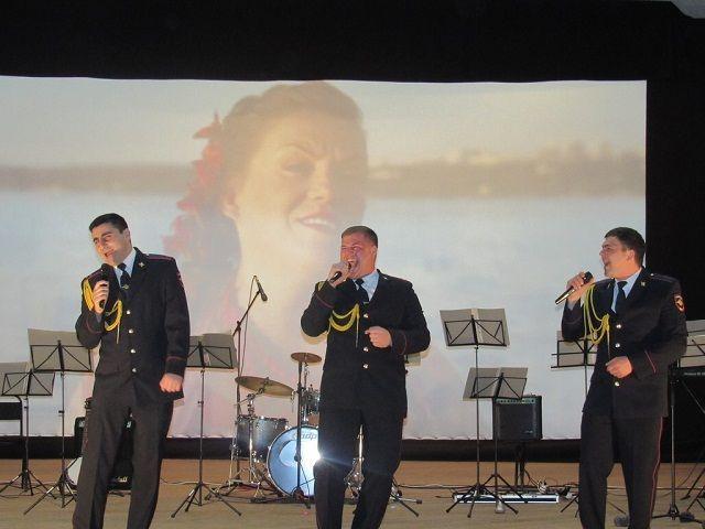 На Ставрополье проходят праздничные концерты, приуроченные 300-летию российской полиции