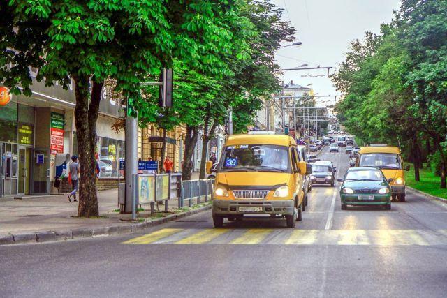 В Ставрополе двух водителей маршруток уволили за нарушения правил перевозок пассажиров
