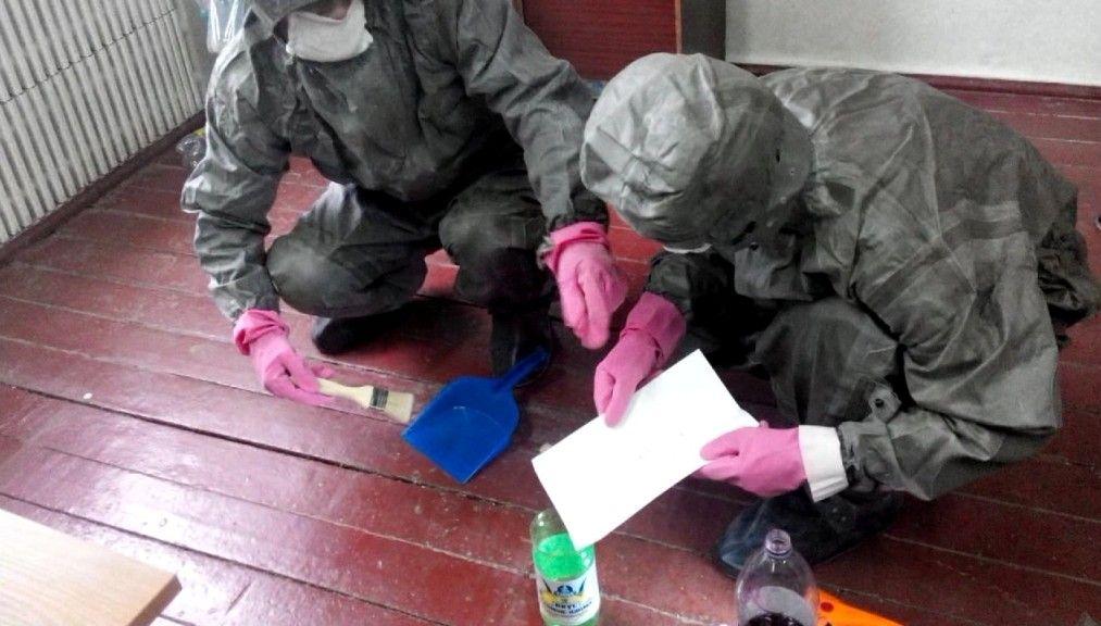 Житель Кисловодска обнаружил разлитую на полу гаража лужу ртути