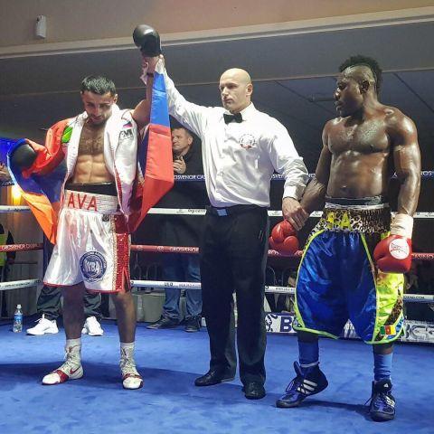 Пятигорский боксёр Давид Аванесян одержал победу над известным спортсменом из Камеруна