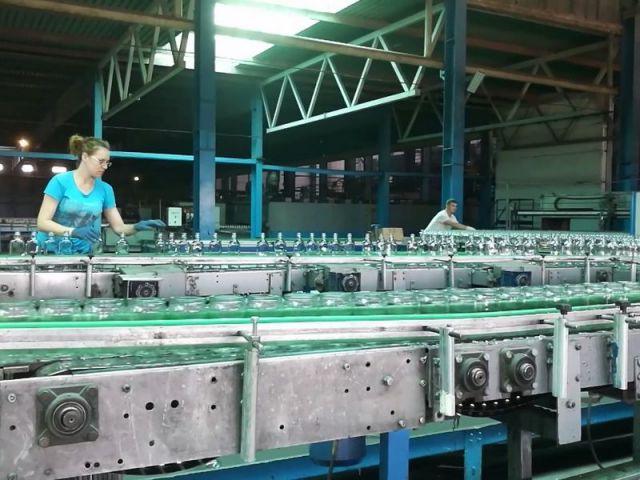 Депутаты Думы Ставрополья держат на контроле ситуацию со стеклотарными заводами
