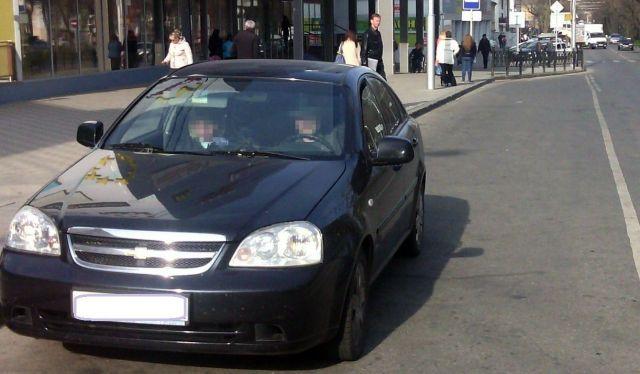 В Ставрополе родители оставили грудного ребёнка в машине и ушли по магазинам
