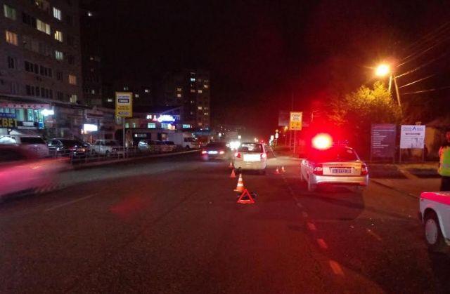 В Ставрополе переходившая дорогу в неположенном месте пенсионерка попала под колёса
