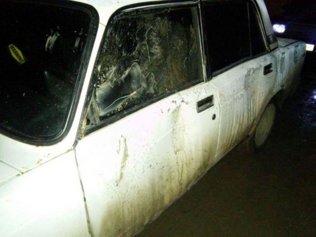 Житель Ставрополья ногами помял автомобиль своего оппонента