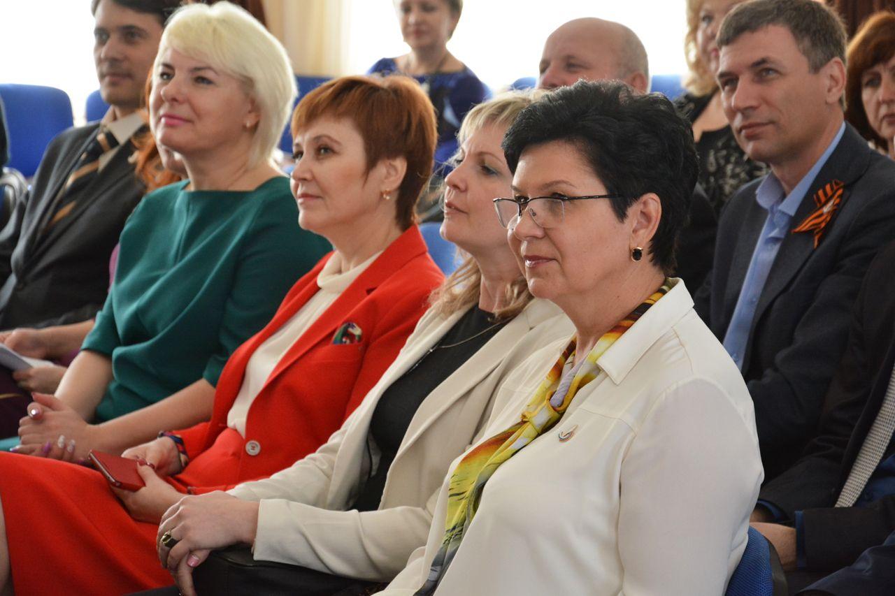 Лучшие директора российских школ собрались в Ставрополе