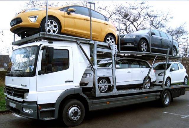 В Ставропольском крае полицейские задержали водителя автовоза, перевозившего похищенный автомобиль