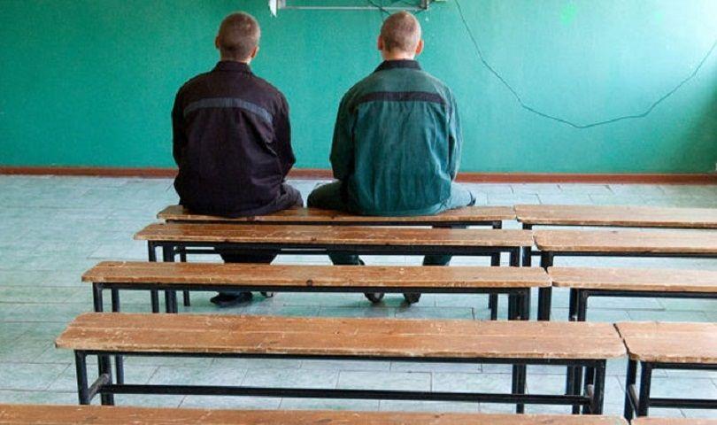 На Ставрополье несовершеннолетние осуждённые проходят обучение мастерству фотографии