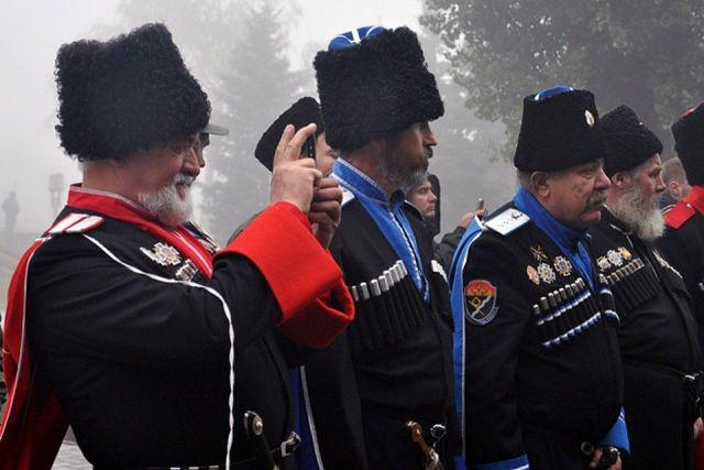 Ставропольские казаки пока не получили распоряжение о проверке сотовых телефонов прохожих