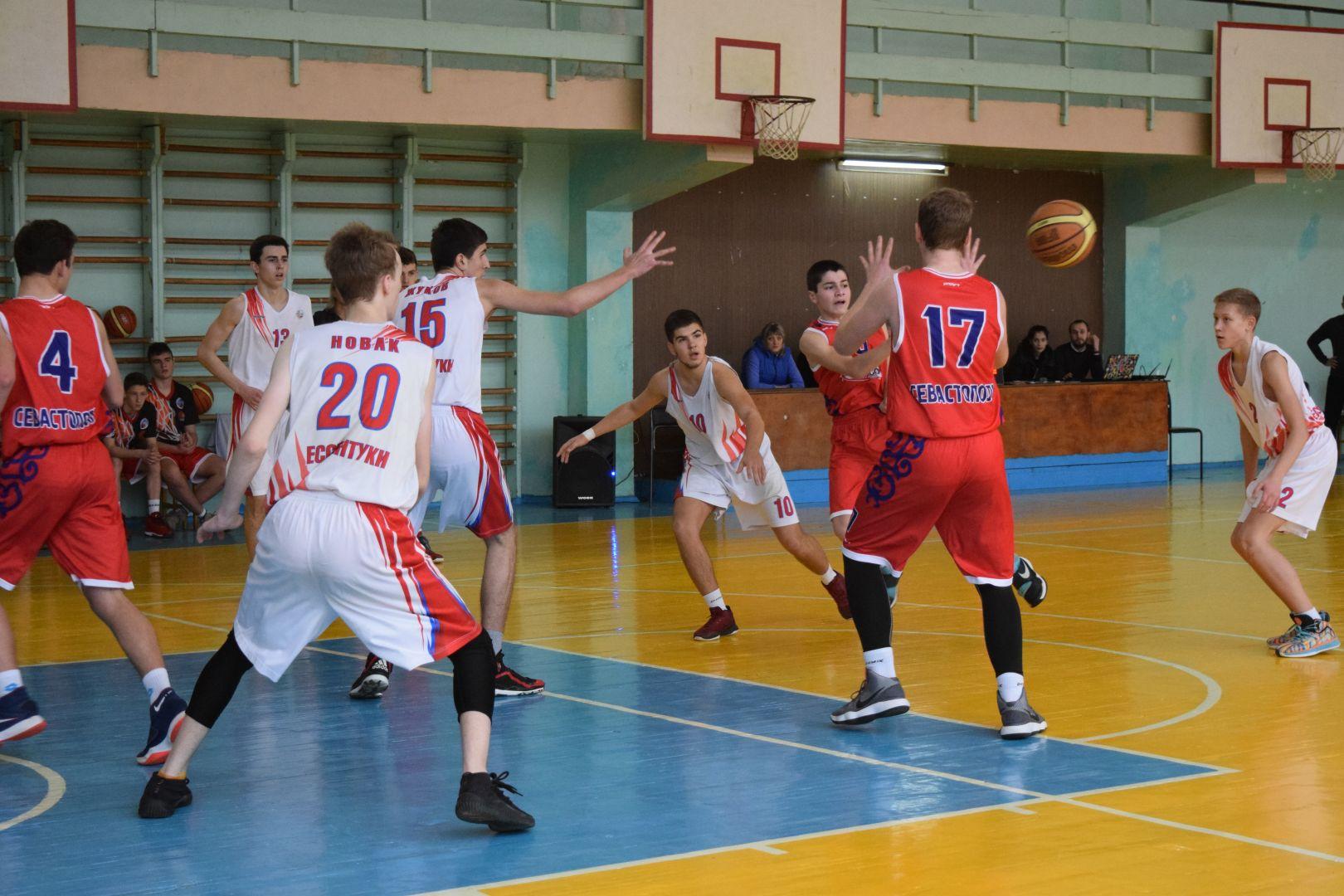 Итоги полуфинала первенства России по баскетболу подвели в Ессентуках
