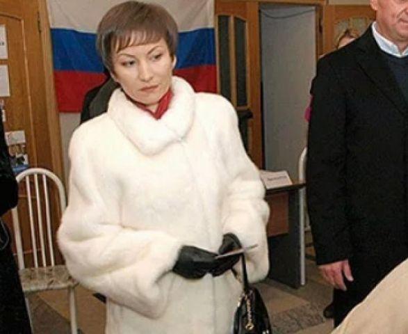 Супруга экс-губернатора Ставрополья попала в топ рейтинга самых богатых жён политиков