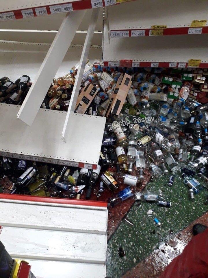 В ставропольском супермаркете рухнули полки с алкоголем