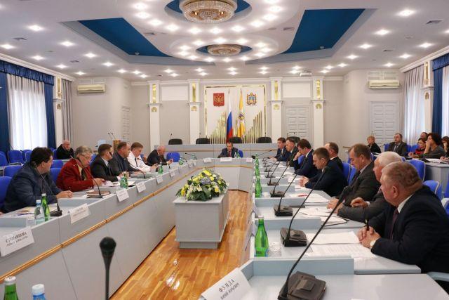 Краевые депутаты обсудили актуальные вопросы продовольственной безопасности