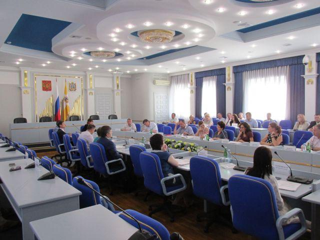 Депутаты предложили внести изменения в краевой закон «О губернаторе Ставропольского края»