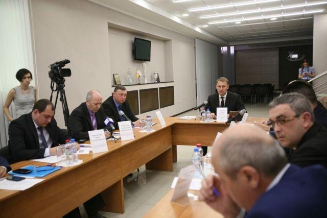 Андрей Мурга: Нам необходимо снять нагрузку савтомобильных дорог