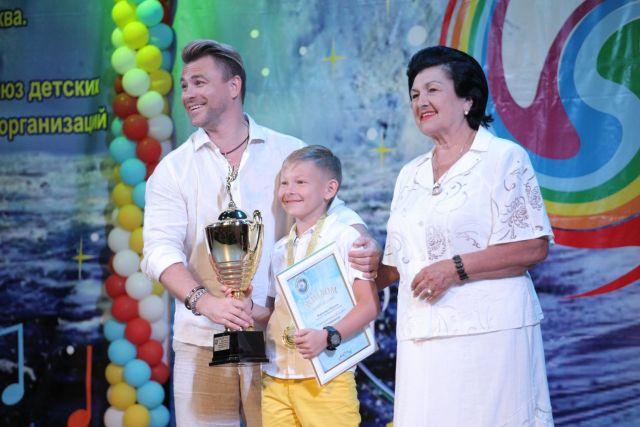 11-летний ставропольский певец получил наивысшую награду на Всероссийском конкурсе