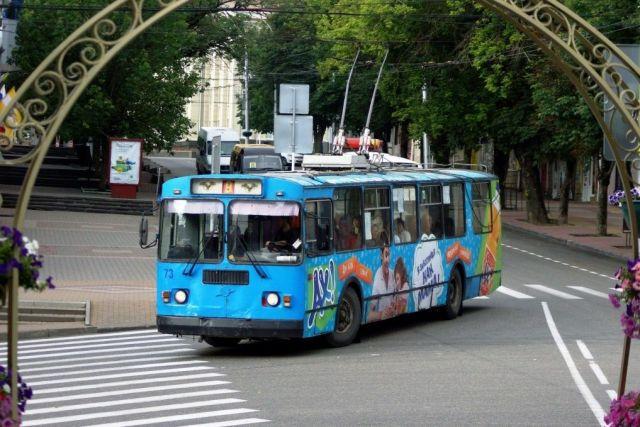 Глава троллейбусного предприятия рассказал депутатам первоочередных мерах по выходу из кризиса