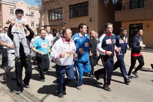Благотворительный забег «Спорт детям!» прошёл в Ставрополе