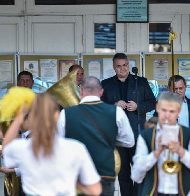 Губернатор Ставропольского края подарил новые музыкальные инструменты детскому духовому оркестру