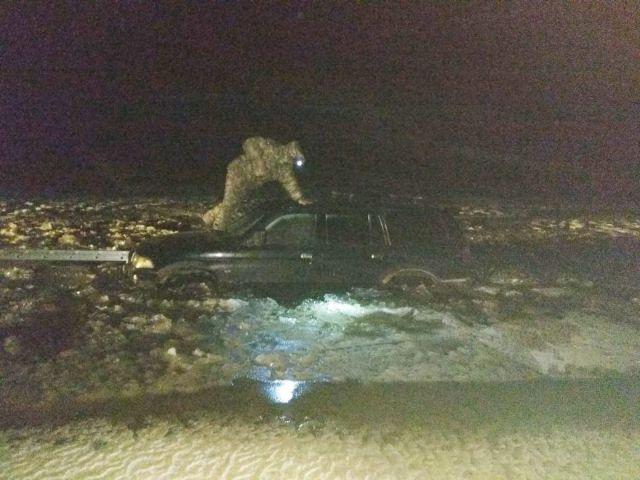 На Ставрополье автомобиль с рыбаками провалился под лёд