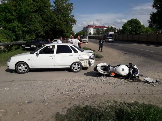 В Ставрополе в ДТП пострадал мотоциклист