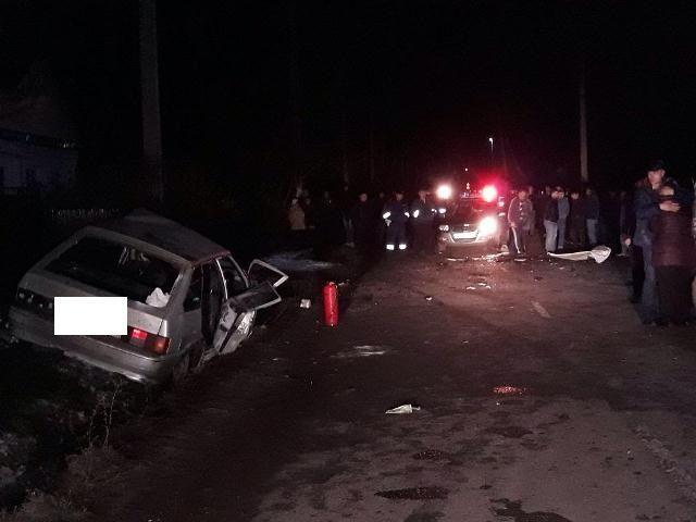 В Ставропольском крае три человека погибли после столкновения двух легковушек