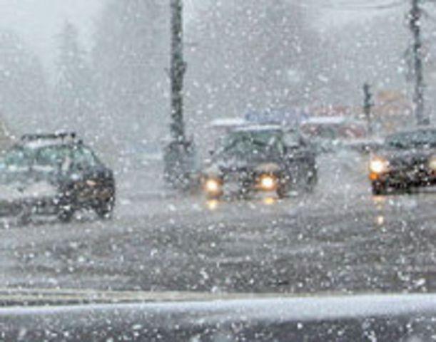 Снегопад на Ставрополье ограничивает видимость