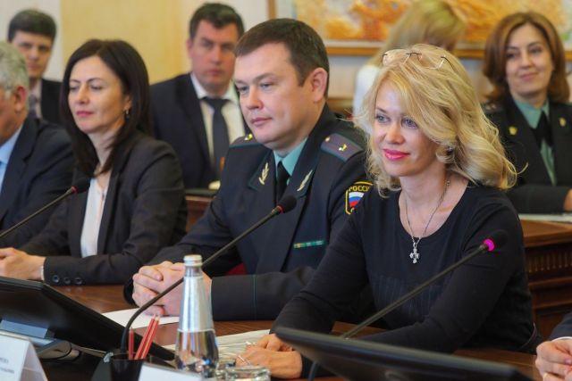 На Ставрополье представили нового главного судебного пристава края