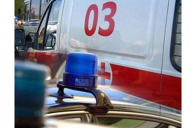 Пассажирский микроавтобус опрокинулся на трассе в Ставропольском крае