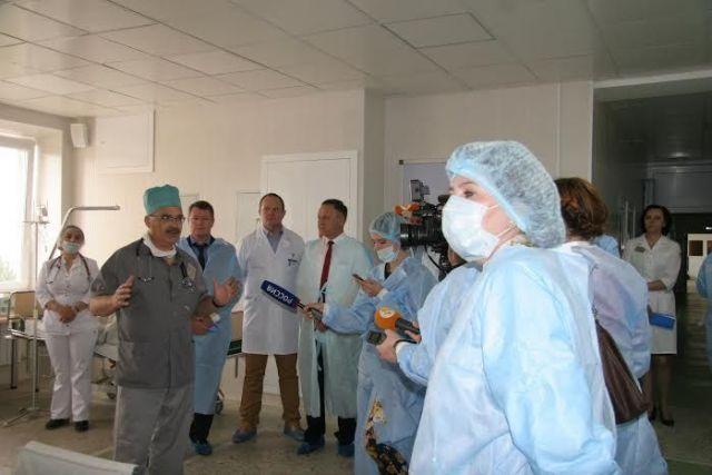 Краевые депутаты ознакомились с достижениями и проблемами онкодиспансера