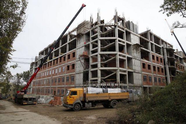 Работы по строительству нового перинатального центра выполняются в срок