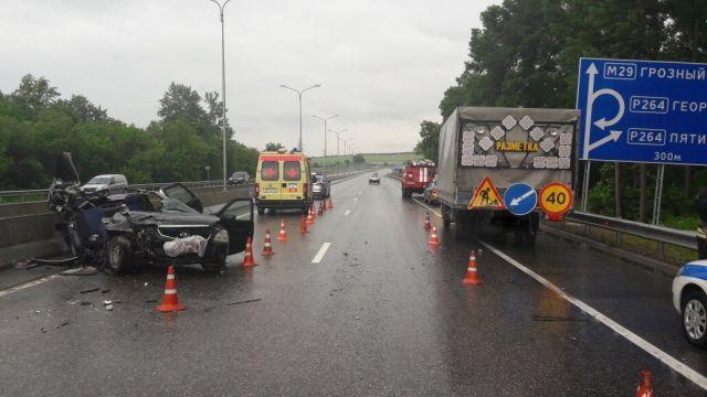 В ДТП под Пятигорском погибли двое взрослых и ребёнок