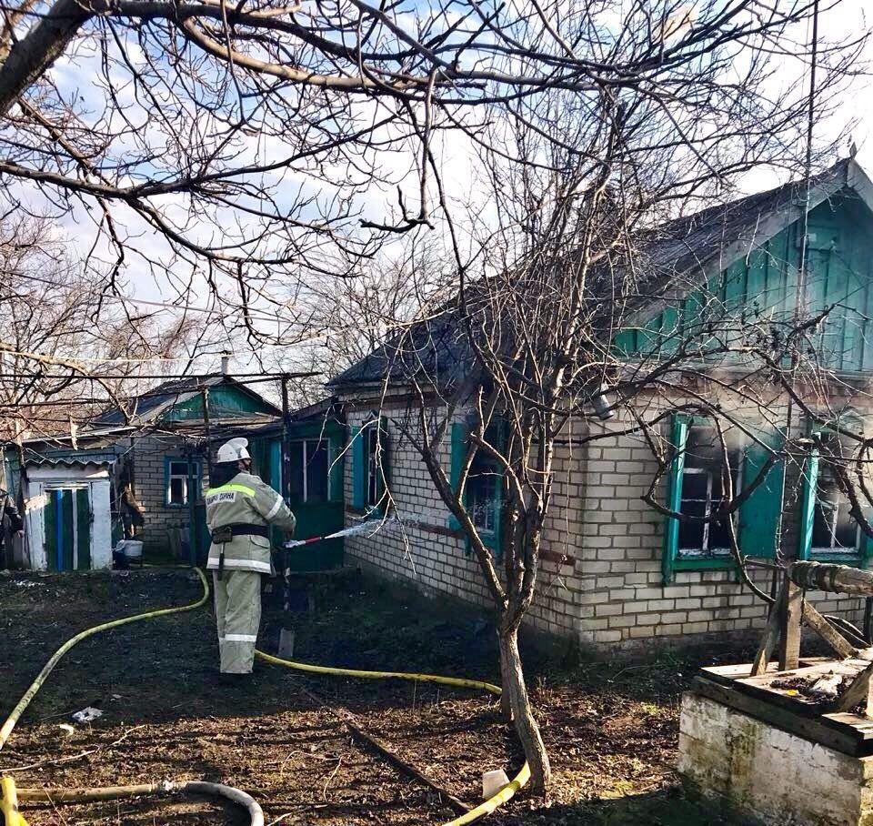 Встанице Новотроицкой сгорел дом. умер 1 человек