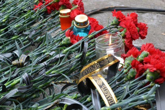 В Беслане проходят траурные мероприятия, посвящённые памяти жертв теракта 2004 года