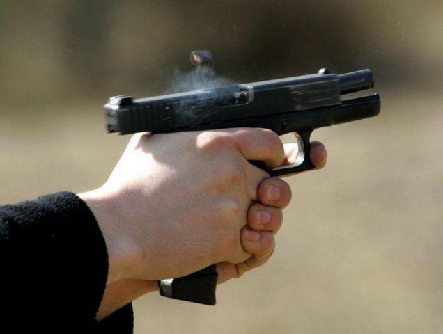 В Ставрополе неизвестный устроил стрельбу на дороге