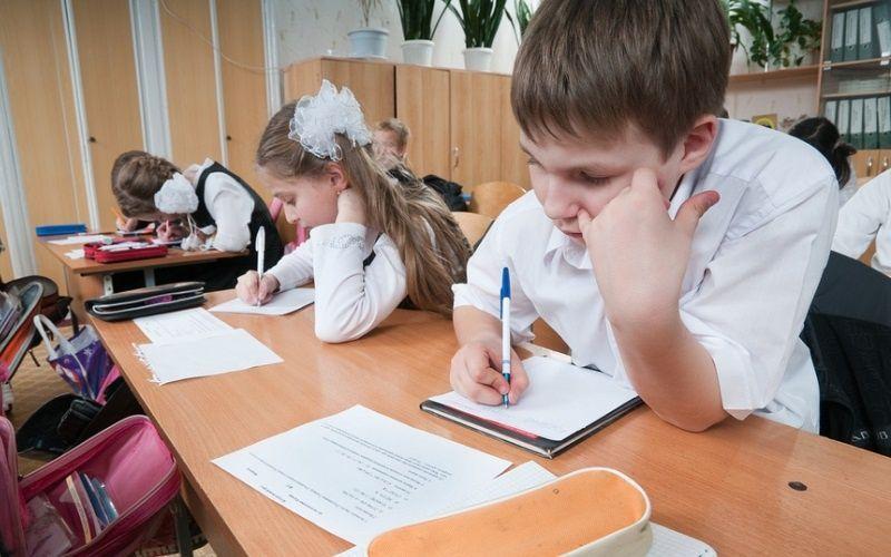 Около 300 тысяч ставропольских школьников сядут за парты 1 сентября