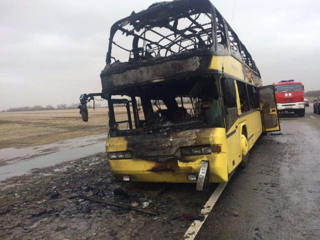 На Ставрополье сгорел рейсовый автобус, ехавший в Москву