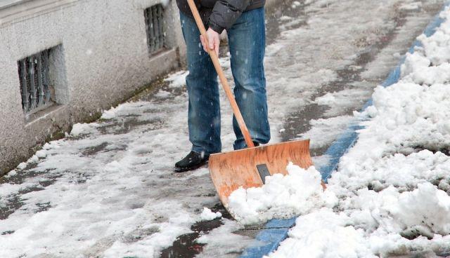 В Ставрополе 14 управляющих компаний наказаны за плохую расчистку дорог от снега и льда
