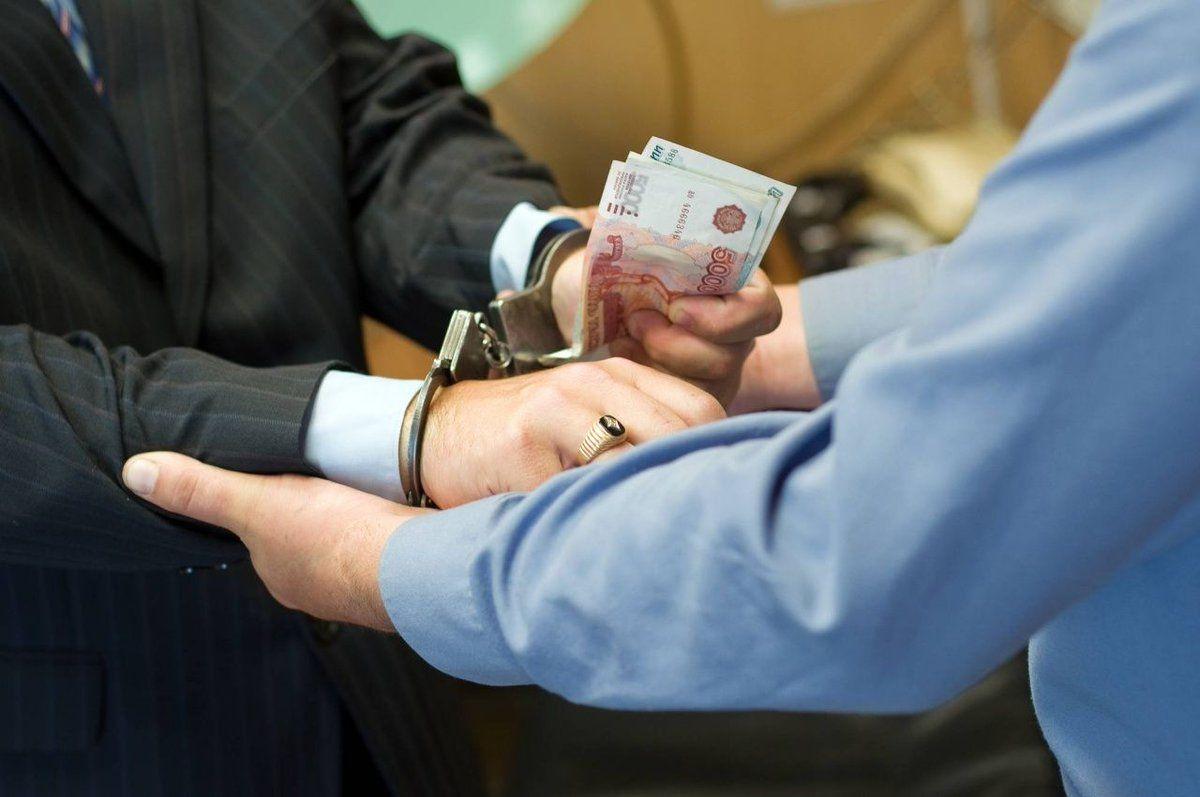 В Ставрополе бывшие сотрудники колонии обвиняются в получении взятки