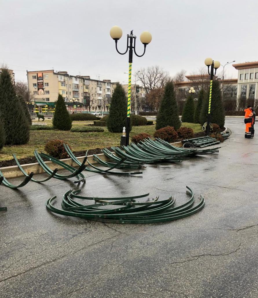 В Невинномысске на площади перед ДК откроется предновогодняя ярмарка