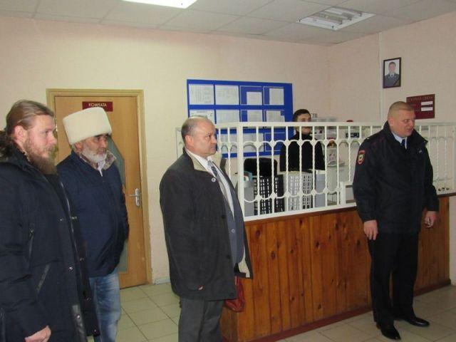 Общественники посетили изолятор в Ипатовском городском округе