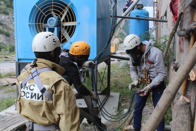 Участники Кубка Кавказа соревновались в спасении людей при техногенных авариях
