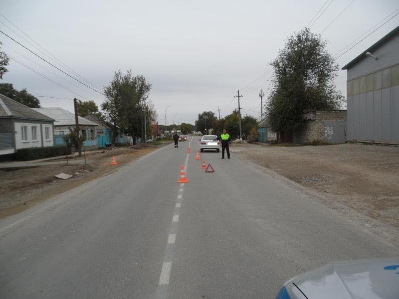 ВБлагодарном автомобиль «ВАЗ» сбил 10-летнюю девочку
