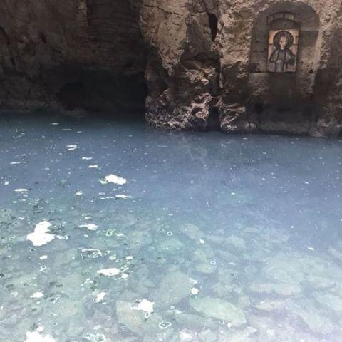 Жители Пятигорска пожаловались на грязное озеро «Провал»