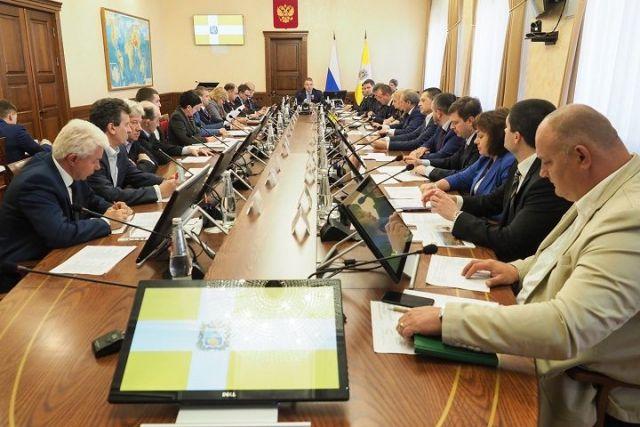 Девять крупных инвестпроектов реализуют на Ставрополье