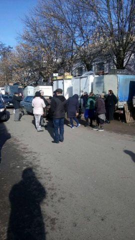 Продавцы одного из рынков на Ставрополье устроили забастовку