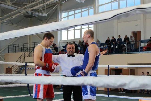 В Ставропольском крае сотрудники полиции соревновались в боксе
