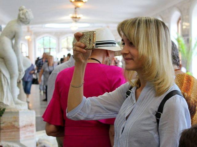 В Кисловодске возрождены исторические традиции выставочной деятельности в здании Нарзанной галереи