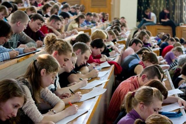 Студенты будут отрабатывать бесплатное обучение в вузах